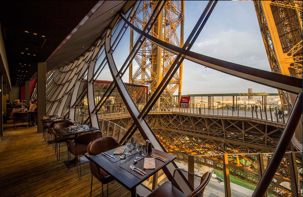 restaurant-eiffel-tower
