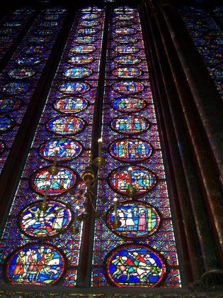 Витражи Собор Парижской Богоматери