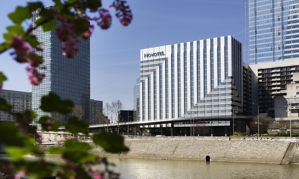 hotel-novotel-paris-la-defense-nanterre_big