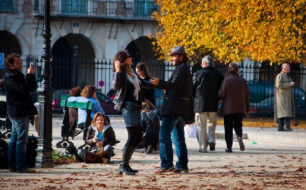 Октябрь в Париже