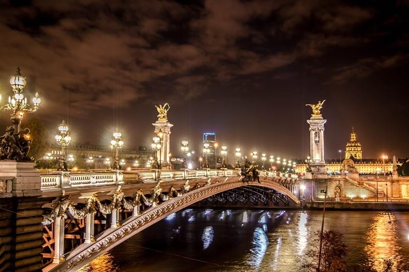 Ночная экскурсия на автобусе по Парижу