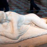 Экспонаты Лувра