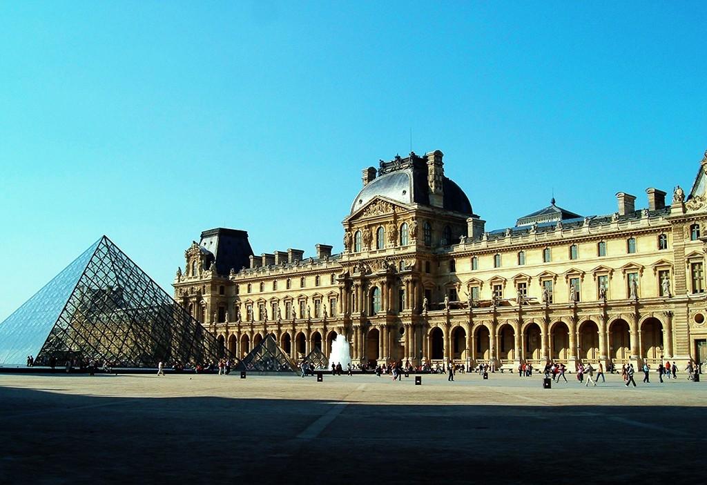 Музей Лувр (Франция)