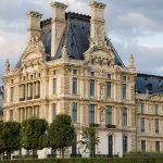 1-ый округ Парижа (Лувр)