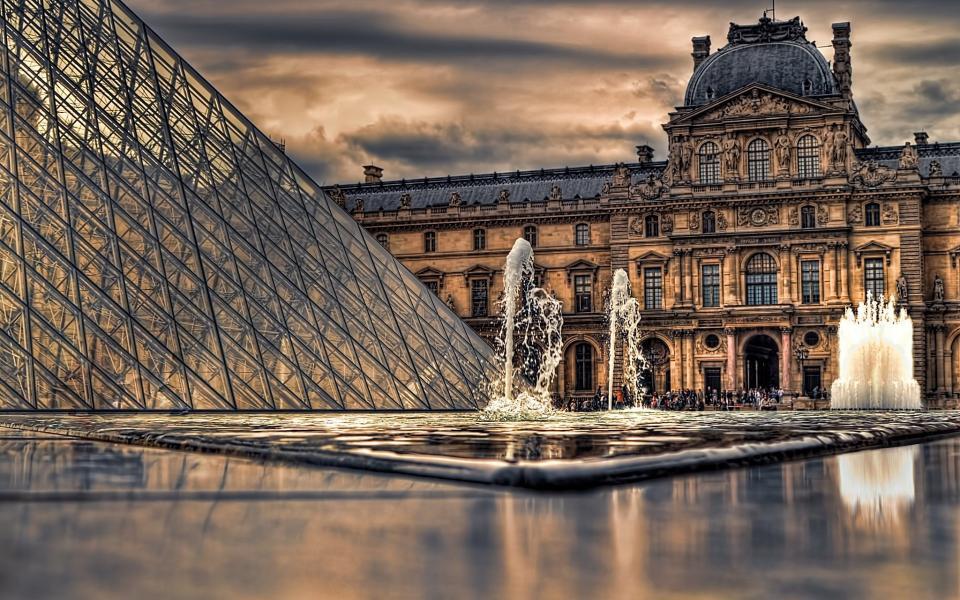 лувр. париж. фото