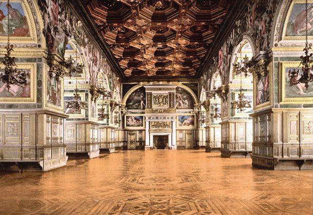 Залы Дворца Фонтенбло