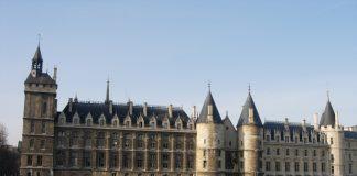 Замок Консьержеры в Париже