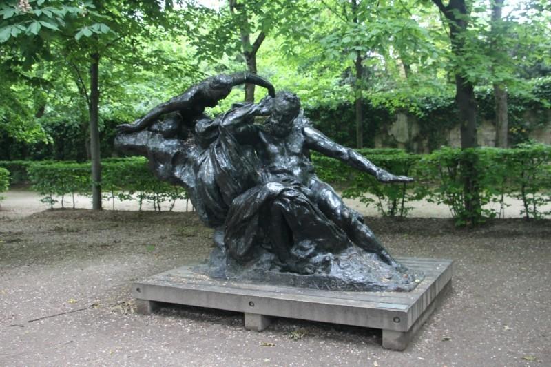 Скульптуры музея Родена