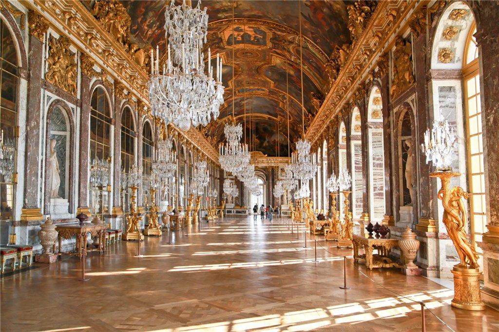 Зеркальная комната в Версале