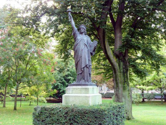 Скульптура Статуя свободы