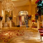 Отель Plaza Athenee Paris