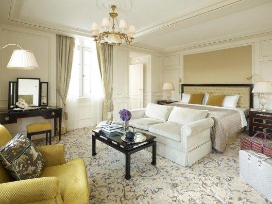 Отель Shangri-La Paris