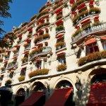 Апартаменты в отеле Plaza Athenee Paris