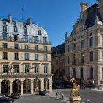Апартаменты в отеле Regina Louvre