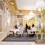Забронировать отель The Peninsula Paris