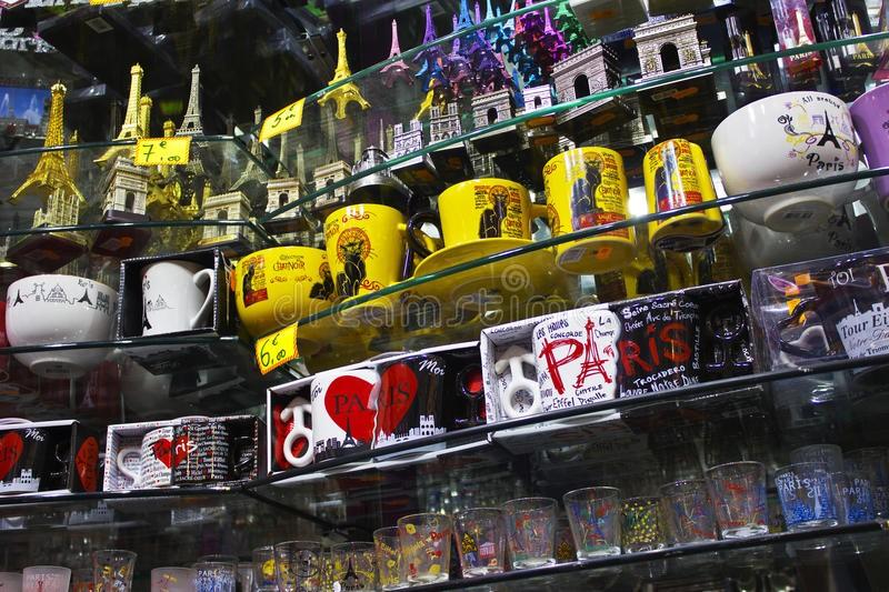 Сувениры из Парижа