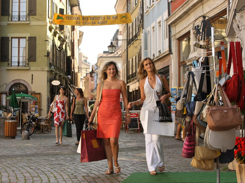 Где провести шопинг в Париже?