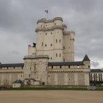 Венсенский замок в Париже