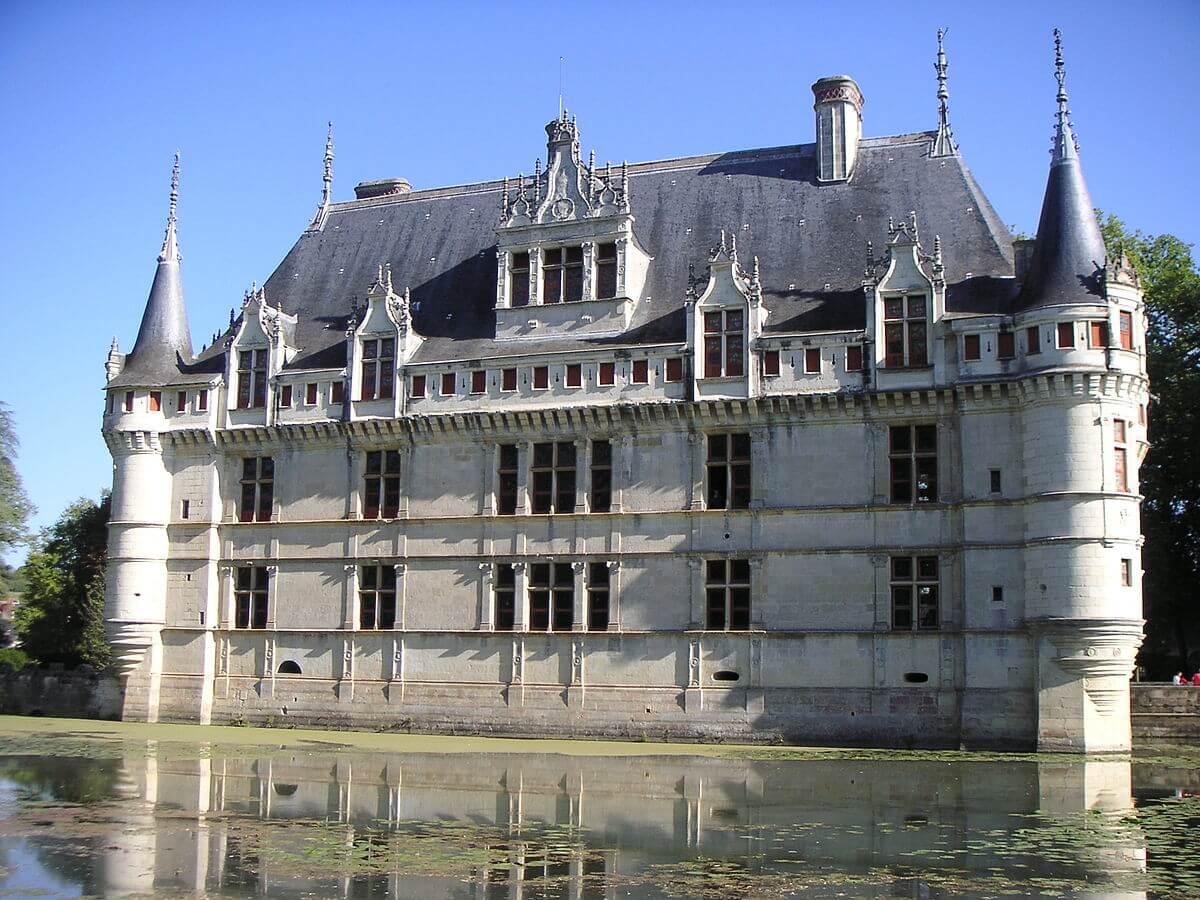 Замки Луары на карте Франции