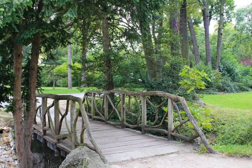 Прогулки по паркам и садам