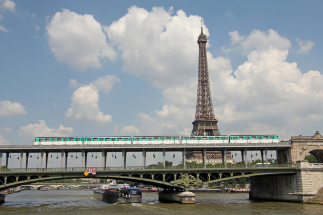 Мост Pont de Bir-Hakeim