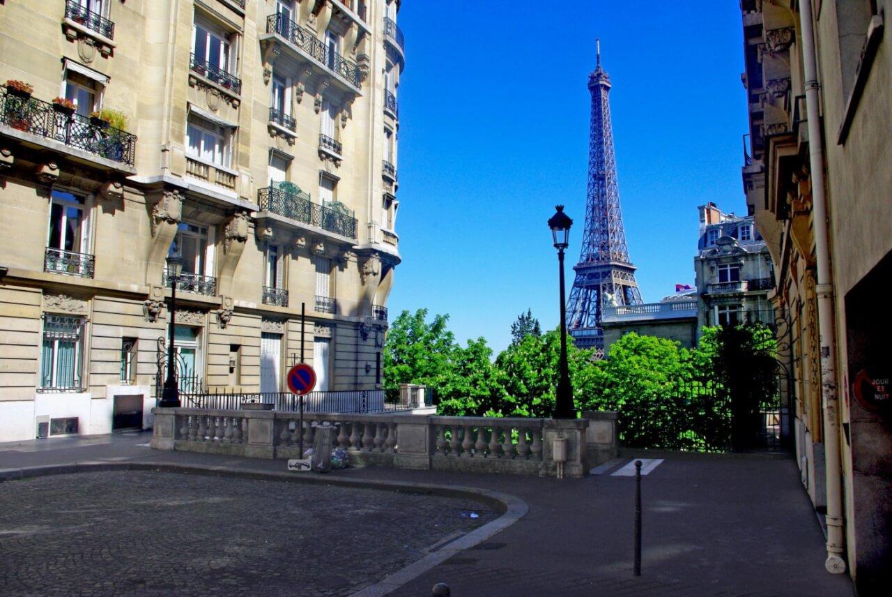 Avenue de Camoens