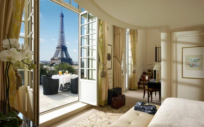 ТОП отелей с видом на Эйфелеву башню в Париже