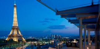 Отели с видом на Эйфелеву башню