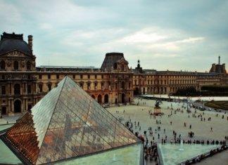 Как зайти в Лувр быстро и без очереди