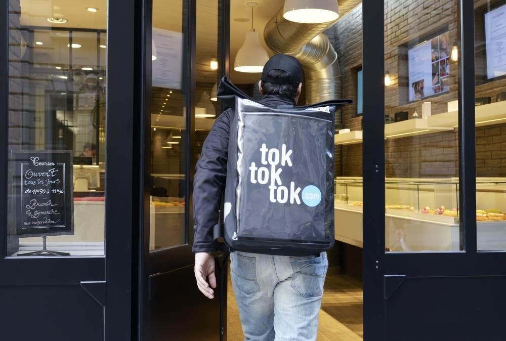 Сервис доставки Tok Tok Tok в Париже