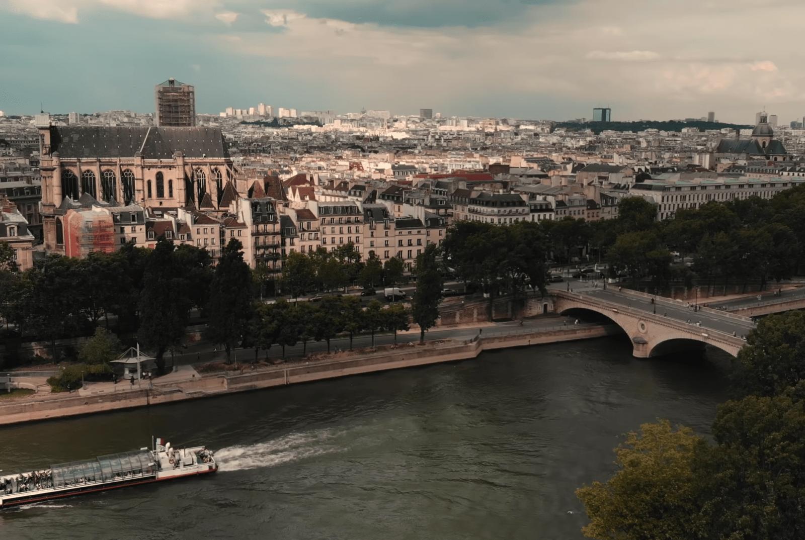 Прогулки по Сене на корабликах