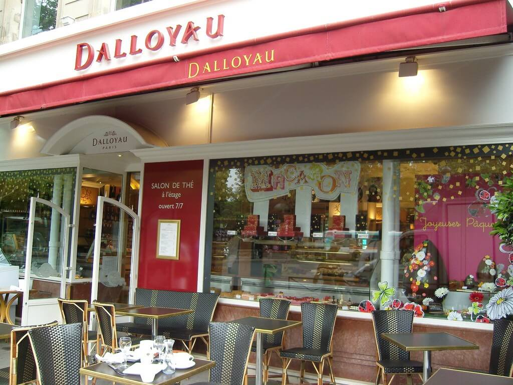 Кондитерская Dalloyau в Париже