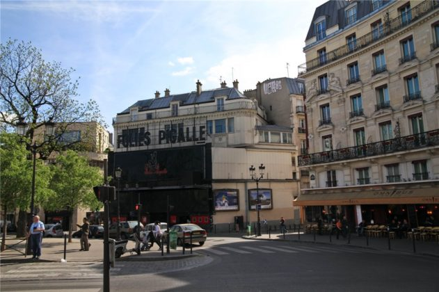 Бульвар Клиши в Париже